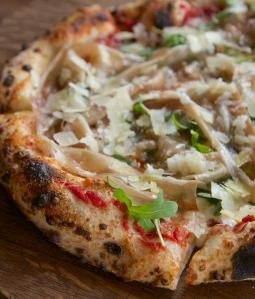 A formaggi pizza by Ca'Momi chef and winemaker Dano De Conti